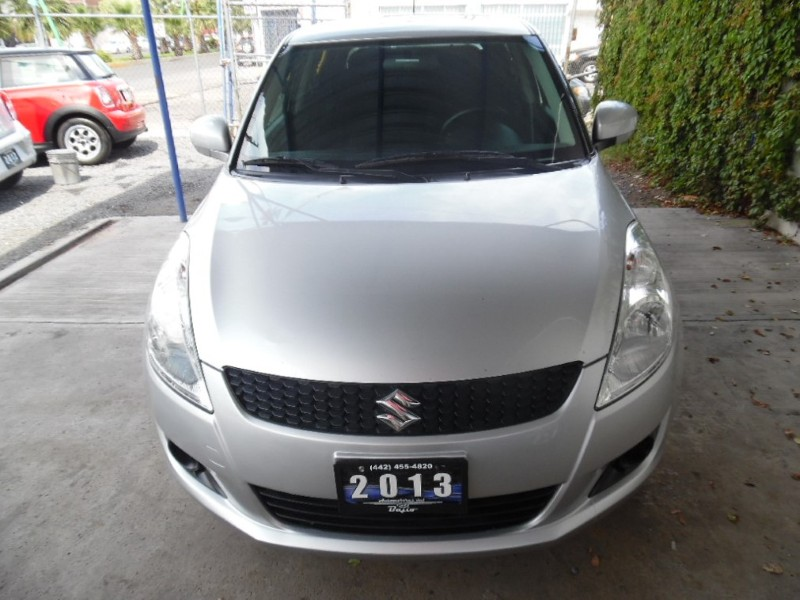 <a href='http://automotoresdelbajio.com.mx/autos/auto/498'> SUZUKI <br>SWIFT GLS TM</a>