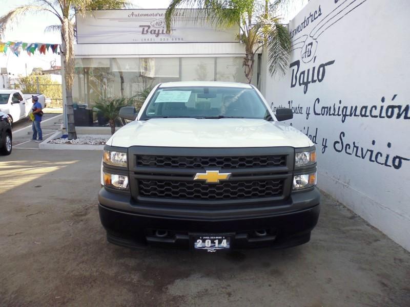<a href='http://automotoresdelbajio.com.mx/autos/auto/787'> CHEVROLET <br>SILVERADO 2500</a>